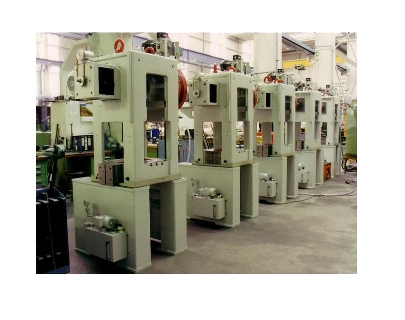 Stanspersen van Raster type RSE pers 250/400/650kN
